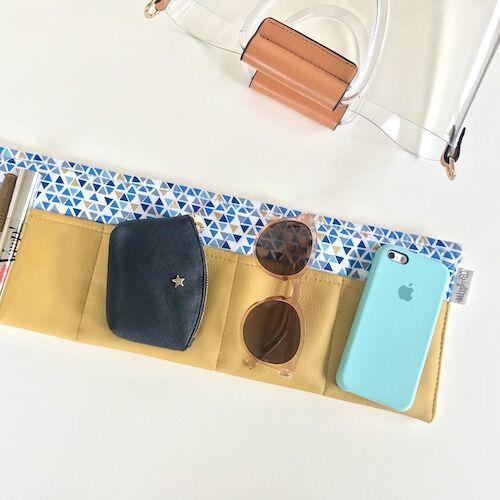 Vegán bőr táskarendező - mustársárga - kék-arany háromszögek